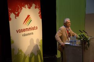 Arvo Aalto piti tässä hetkessä olevan puheen. (Kuva: Tero Kaikko)